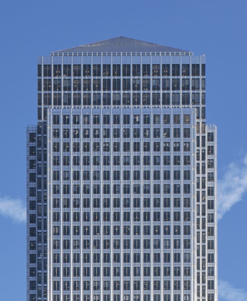 One Canada Square – by Pelli & Associates